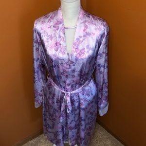 Jones New York robe and top